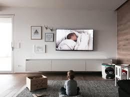 auf welche höhe hängt den fernseher jetzt tipps lesen