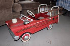 VINTAGE 1960'S MURRAY SUPER DELUXE FIRE TRUCK PEDAL CAR HOOK LADDER ... A Late 20th Century Buddy L Childs Fire Truck Pedal Car Murray Fire Truck Pedal Car Vintage 1950s Jet Flow Drive City Fire Amf Fighter Engine Unit No 508 Sold Childs Metal Rescue Truck Approx 1m In John Deere M15 Nashville 2015 Baghera Childrens Toy 1938 Antique Engine Fully Stored Padded Seat 46w X Volunteer Department No8 Limited Edition No Generic Firetruck Stock Photo Edit Now Amazoncom Instep Toys Games These Colctible Kids Cars Will Be Selling For Thousands Of
