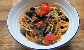 pates a la puttanesca how to cook the pasta puttanesca and style the