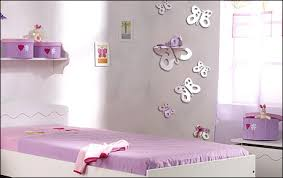 decoration chambre fille papillon theme chambre bebe fille chambre de fille 100 pois ide