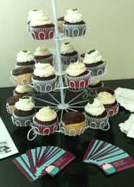 Cupcake Displaymarketing Promotion During A Meeting At The Office