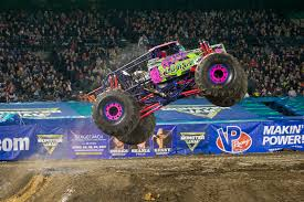 Monster Jam® Vancouver - A Dad In The BurbsA Dad In The Burbs