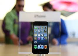Hotly Anticipated iPhone 5 Goes In Sale In Stores s and