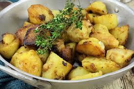 cuisiner des pommes de terre nouvelles recette pommes de terre nouvelles à la provençale