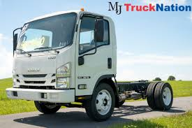 NPR Box Truck - Straight Truck Trucks For Sale