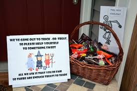 Top Halloween Candy In Each State by Honor System Halloween Google Search Halloween Pinterest