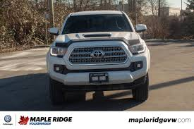 100 Tacoma Truck Cap PreOwned 2017 Toyota Limited 4X4 AWESOME DEAL BED CAP