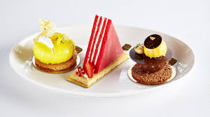 le bureau articul馥 opens at hotel cafe royal
