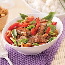 cuisine thailandaise recette boeuf au basilic thaï recettes cuisine et nutrition pratico