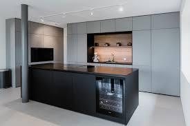 puristische küche mit raffinierten details tischlerei