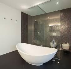 selbstgemachte mosaikfliesen fürs badezimmer