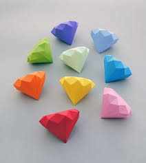 Get The Tutorial Here 3d Paper Diamonds By Mini Eco
