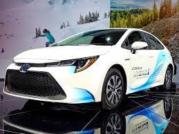 2020 Toyota Corolla Hybrid First Look | Kelley Blue Book