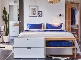 دقيق او حساس مسطرة تعذيب غرفة الملابس ورا السرير