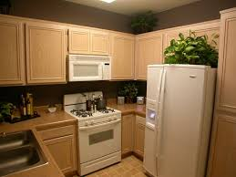 des id馥s pour la cuisine deco chambre interieur les petites idées d armoires de cuisine