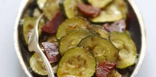 cuisine de courgettes courgettes au chorizo facile et pas cher recette sur cuisine