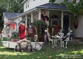 A Bit Of Spooky Scenes And Halloween Porches