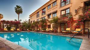 100 Sunset Plaza Apartments Anaheim Best Western Plus Hotel Hotels In Los Angeles