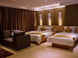 hotel chambre dela chambre hotel home