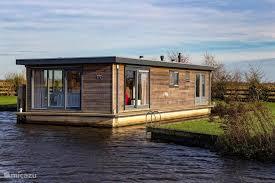 rv yacht hausboot sweltsje luxus hausboot in eernewoude friesland niederlande mieten micazu