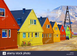 100 Houses In Norway Colourful Houses Svalbard Longyearbyen Stock Photo