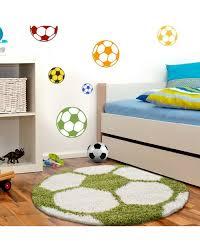 kinderteppich für kinderzimmer fussball form hochflor teppich grün weiss
