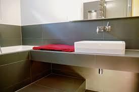 zu wenig raum für ein bad so schafft der fachmann platz