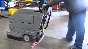tennant nobles 20 inch speedscrub ss2001 floor scrubber 24v