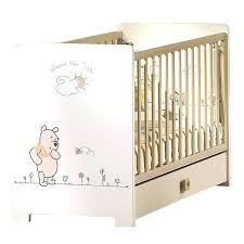 chambre bebe winnie l ourson tour de lit bebe winnie l ourson lit parapluie winnie l ourson pas