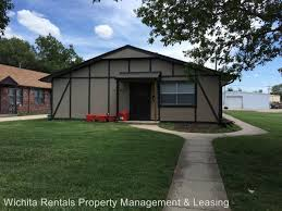 3 Bedroom Houses For Rent In Wichita Ks by Apartment Unit 3 At 1826 S Laura Wichita Ks 67211 Hotpads