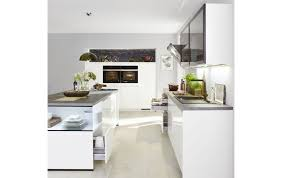 aus drei macht eins l form küche in weiß hochglanz lack mit