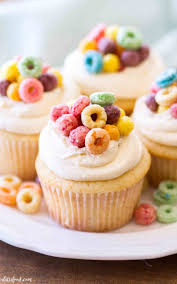 These Cereal And Milk Cupcakes Are Topped With A Buttercream Easy Vanilla