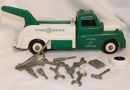 100 Antique Metal Toy Trucks Vintage Louis Marx S Plastic Cities And Service Tow Truck With