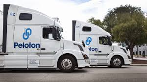 100 Truck For Hire Peloton Technology Lets Semi S Save Fuel By Drafting Digital