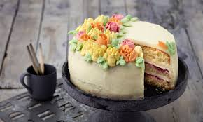 kleine mascarpone blüten torte