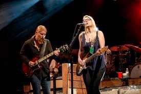 Review: Tedeschi Trucks Band With Sharon Jones And The Dap Kings ...