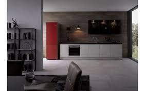 küchenzeile contur küche 51 180 in weißgrau beton nb kombiniert mit schwarzen griffmulden