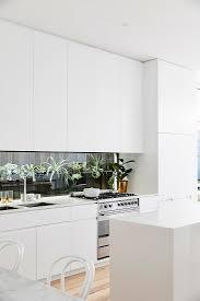 Moderne Weisse Küchen Bilder Schlicht Moderne Weiße Küche Mit Bild Kaufen 12626449