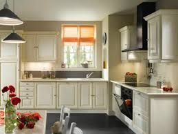 habillage mur cuisine peinture mur pour cuisine grise idée de modèle de cuisine