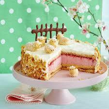 erdbeer sahne torte mit marzipan schafen