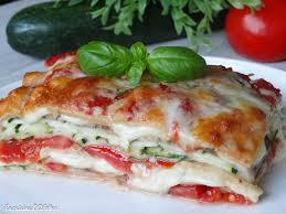 cuisine sans viande lasagnes végétariennes aux courgettes tomates et mozzarella la