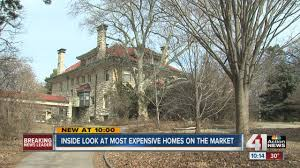 100 Homes In Kansas City S Luxury Homes Can Be A Tough Sell