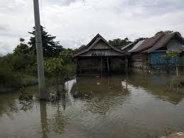 MIRIS Banjir Tak Kunjung Surut Warga Mulai Tinggalkan Rumah di