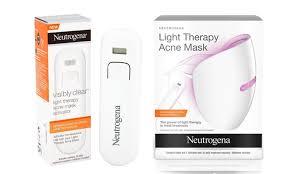 f Neutrogena Light Therapy Acne Mask