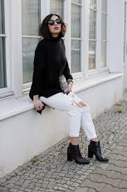 ripped boyfriend jeans fashion blog berlin