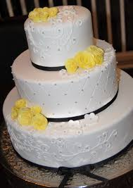 Isn t this cake so pretty I love making the fun non traditional wedding cakes but it s been a nice change decorating the more traditional ones lately