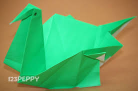 How To Make A Swan With Color Paper