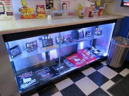 Creative Idea Merchandise Display Modern Decoration Case