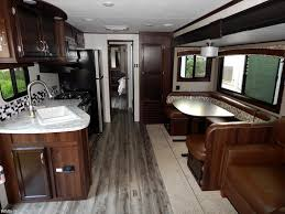 5th Wheels With 2 Bedrooms by J11645 2018 Jayco Jay Flight 38bhds 2 Bedroom Double Slideout