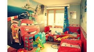 chambre enfant cars déco chambre cars 2